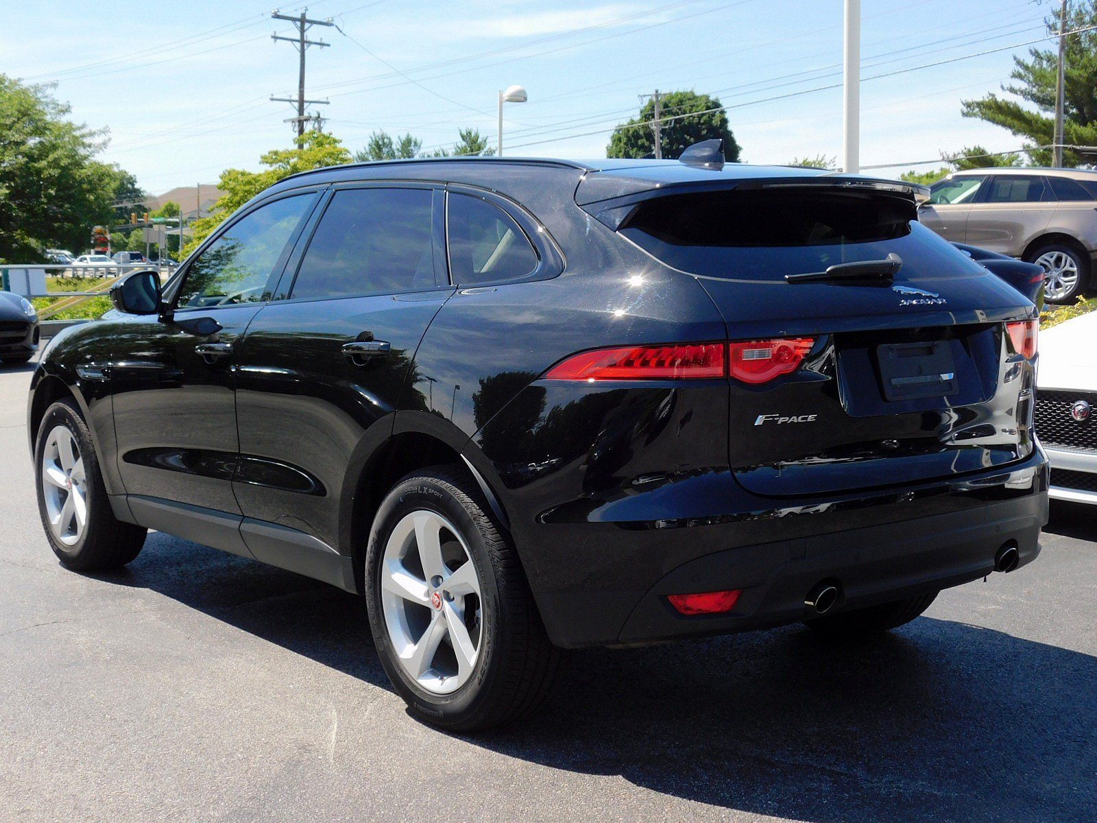 pre owned 2018 jaguar f pace 25t premium sport utility in west chester sj18019 jaguar west. Black Bedroom Furniture Sets. Home Design Ideas