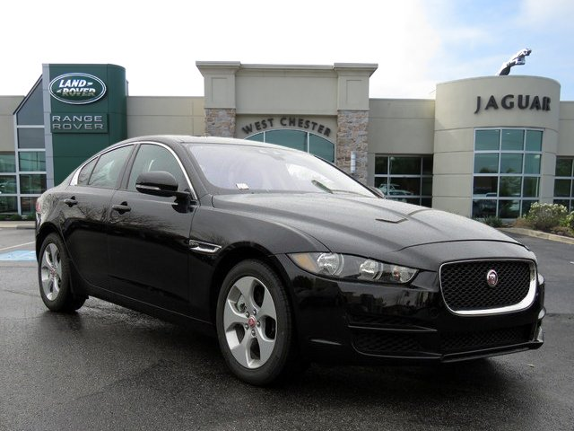 New 2018 Jaguar XE 25t AWD
